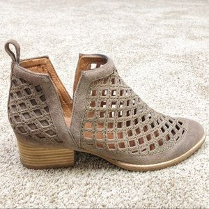 Jeffery Campbell Taggart Boots